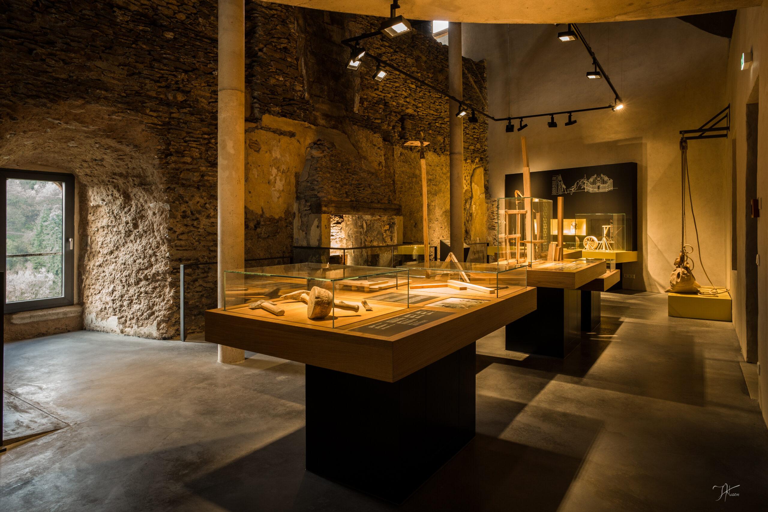 Blick in das neu eingerichtete Besucherzentrum der Burg Vianden.